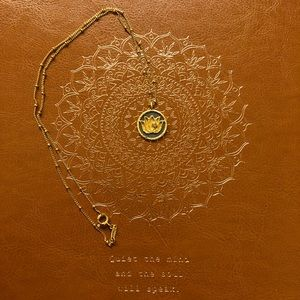 "Satya Lotus Pendant w/White Topaz 18"" chain NWOT"